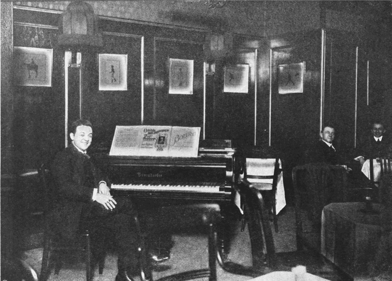 robert-rakowianu-1916-hawelka